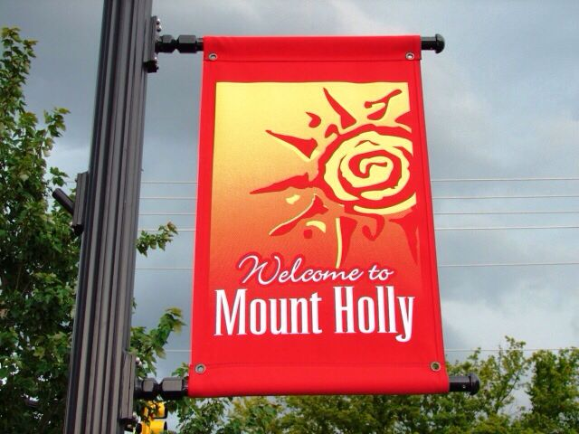 Welcome To Mt Holly North Carolina Mount Holly Holly Neon Signs