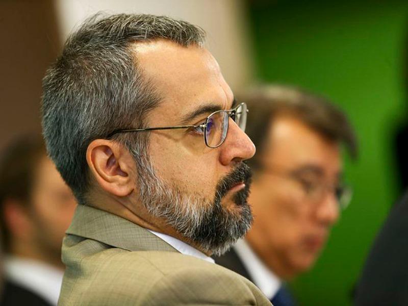 MEC pretende implantar no país 108 escolas cívico