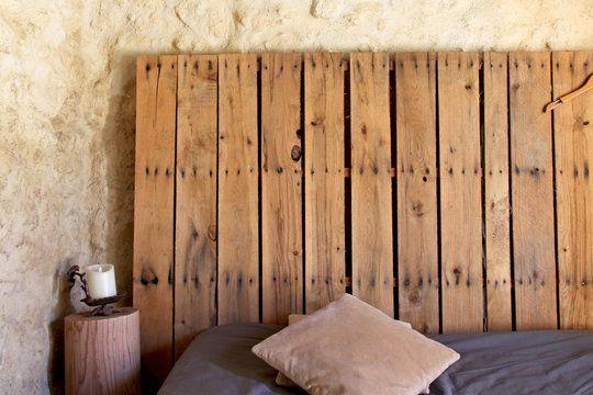 Relooker sa chambre avec moins de 50 euros home design tete de lit palette lit en palette - Relooker sa chambre ...