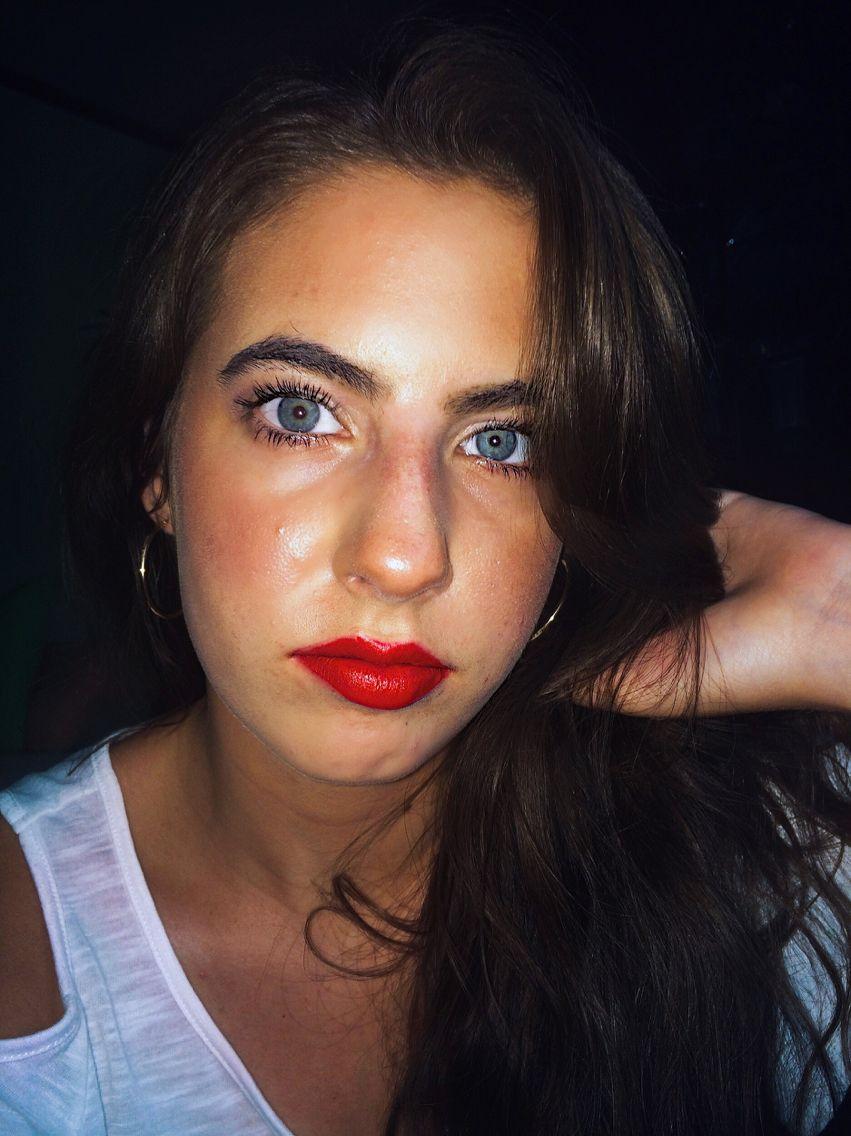Bright bold lip