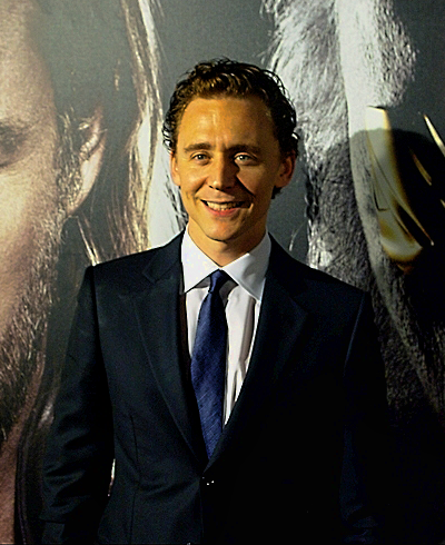 Tom Hiddleston at the World Premiere of Thor on April 17, 2011. Full size photo: http://imgbox.com/8utNVTCv. Source: Torrilla, Tumblr http://torrilla.tumblr.com/post/111981362210/torrilla-tom-hiddleston-at-the-world-premiere-of