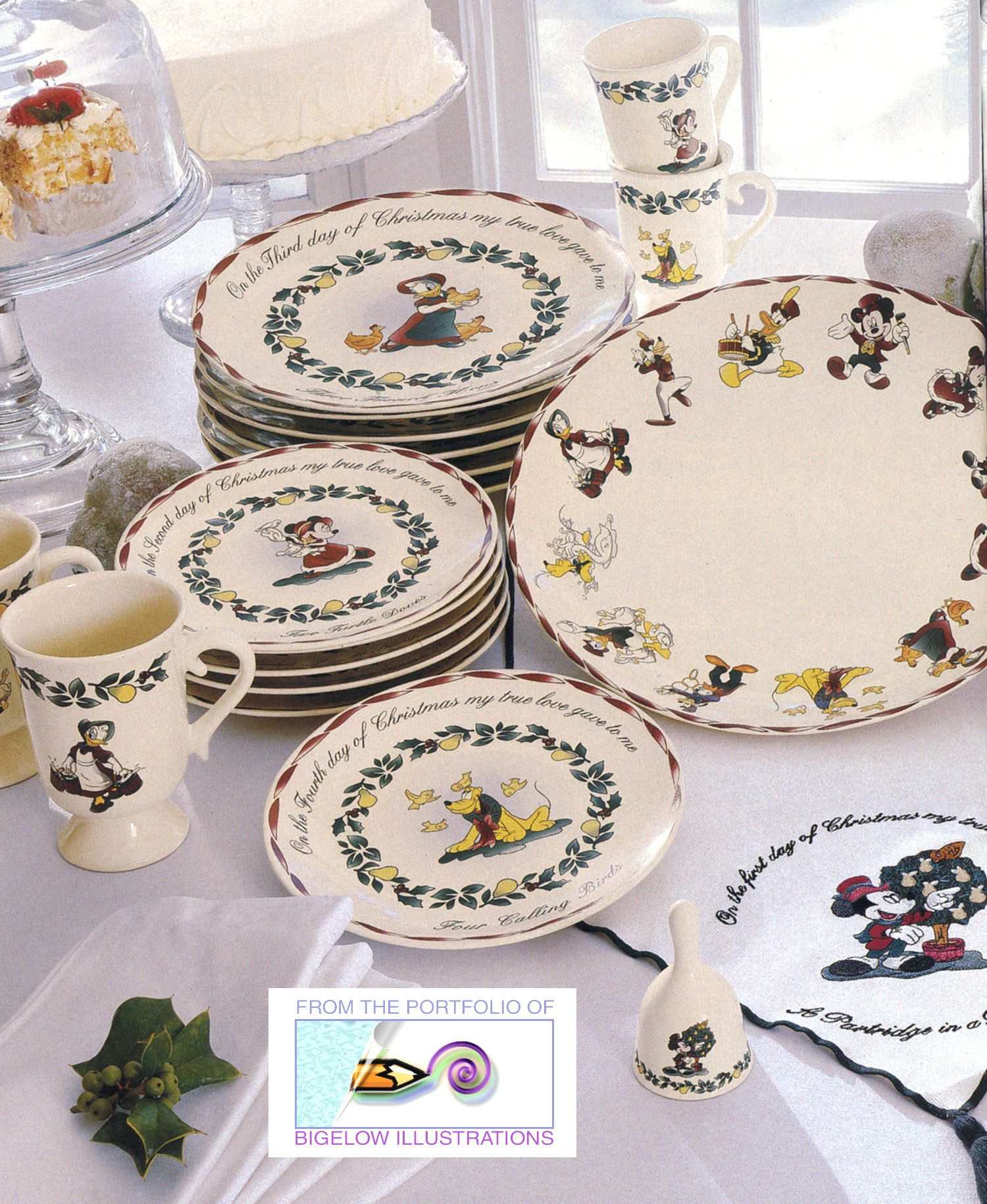 Disney Holiday Dinnerware to to cute. & Disney Holiday Dinnerware to to cute. | For the Home | Pinterest ...