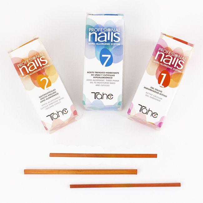 ¡Nuestros básicos para el cuidado de las uñas! Sea cual sea tu necesidad tenemos la solución para ti. ¡Descubre nuestra extensa gama Professional Nails! http://ow.ly/10oiwB