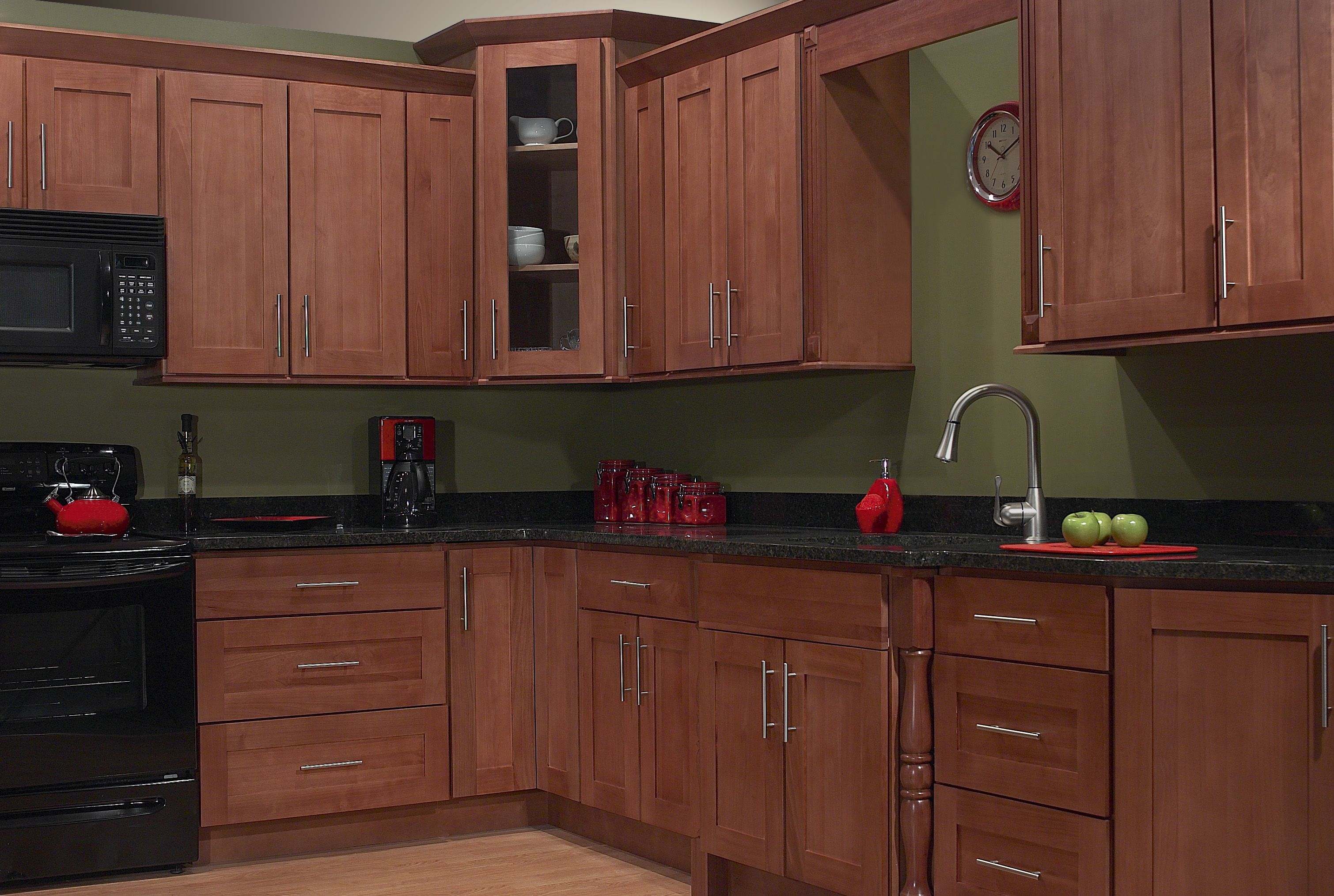 Red Birch Shaker Kitchen Cabinetry Sold At Innovations Shaker Style Kitchen Cabinets Birch Kitchen Cabinets Kitchen Cabinet Styles