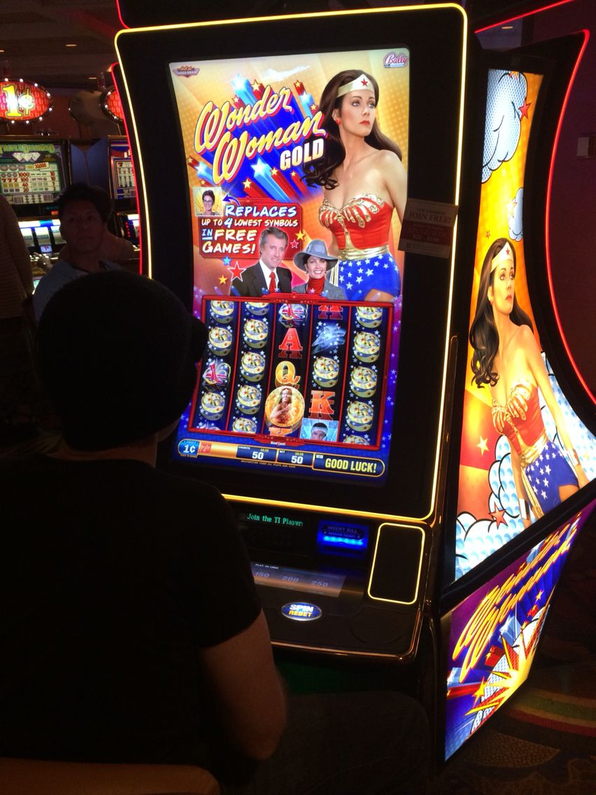 Wonder Woman Slot Machine