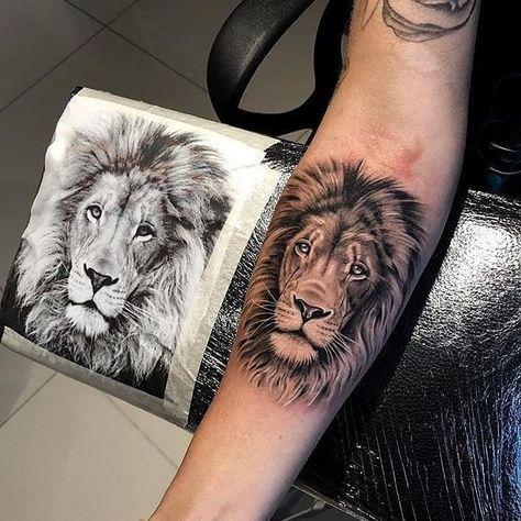 """ɪɴsᴛᴀᴛᴛᴏᴏ2 🎨🇧🇷 on Instagram: """"Leão / Lion 🦁 Quem tatuaria ?  @guilhermedias.tattoo Who would tattoo? Usem a #instattoo2 // @instattoo2 . . . #tattoo #inkstinctsubmission…"""""""