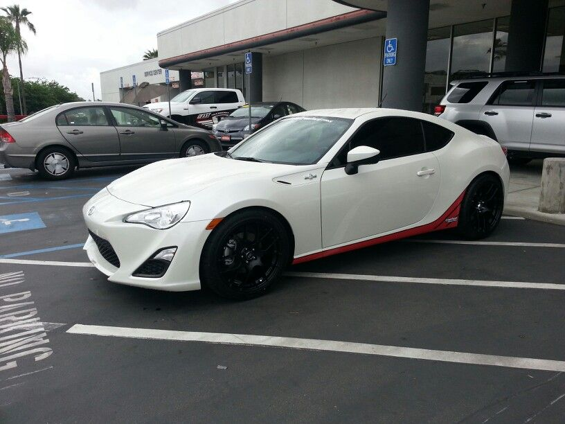 Wheel Directory Enkei RS05RR 18x85 42  Page 12  Scion FRS