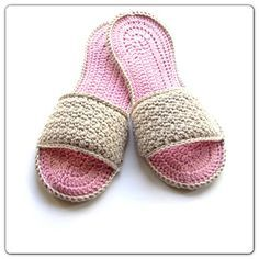 Annoos Crochet World: Happy Moms Day Spa Slippers Free Pattern