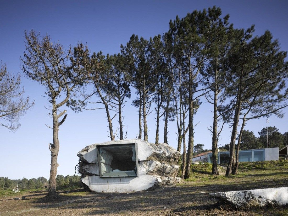 Built by Ensamble Estudio in Candamo, Spain with date 2010. Images by Roland Halbe. The Truffle is a piece of nature built with earth, full of air. A space within a stone that sits on the ground and bl...