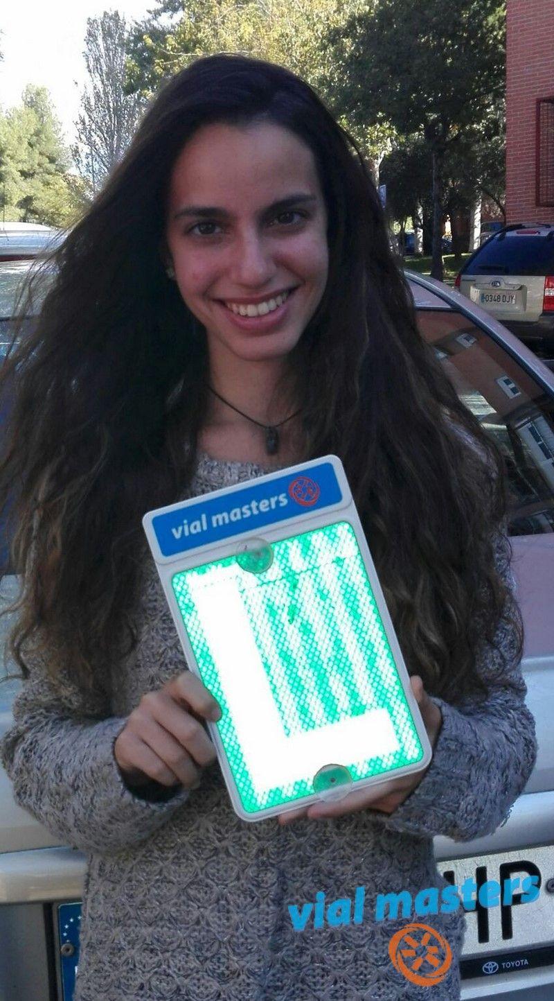 Lidia se ha sacado el permiso de conducir en Autoescuelas Vial Masters. ¡Una conductora de primera!  * Más en http://vialmasters.es