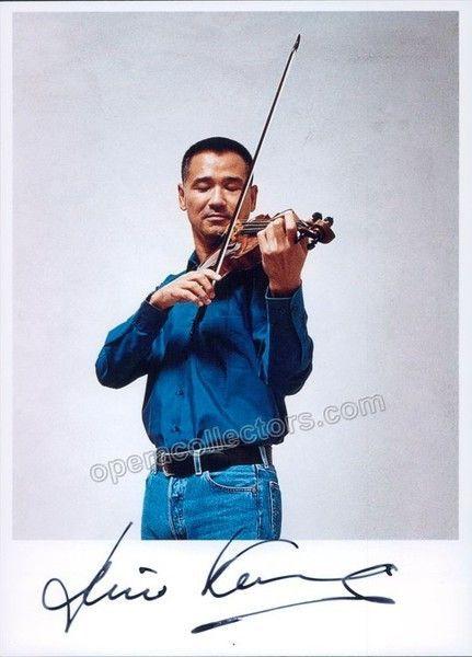 Kurosaki, Hiro - Signed photo playing violin   Products