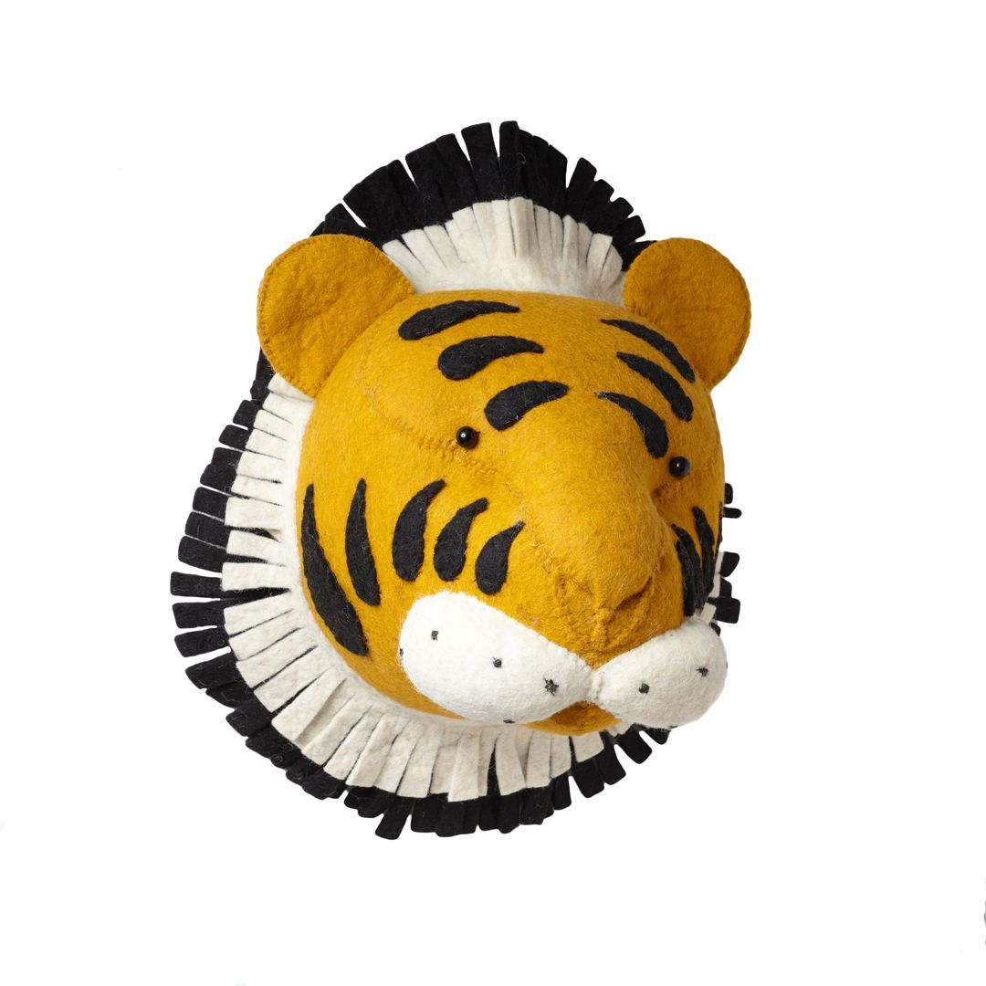 This tiger head is the cutest! Faux taxidermy a la felt.   Project ...