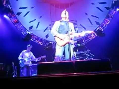 Mark Knopfler Telegraph Road ( Toulouse 2008 ) By Redo