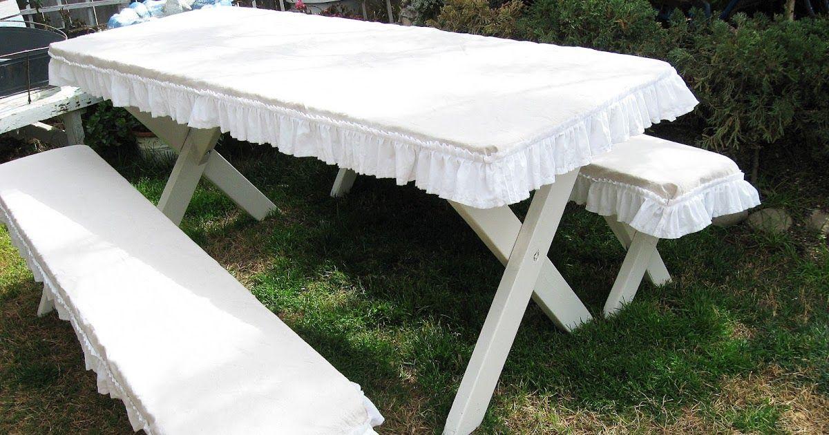 Farmhouse Picnic Table Headed To The Vintage Marketplace At The Oaks Idees Pour La Maison Salon De Jardin Jardins