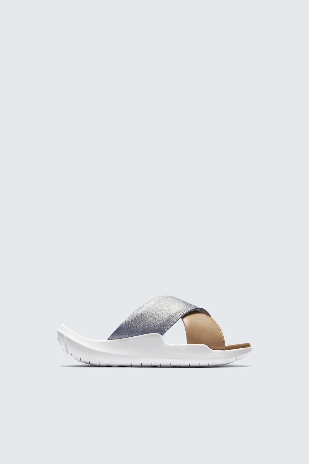 more photos d652b 3dc9c Nike | Wikked Sweat | Nike benassi, Sneakers, Nike