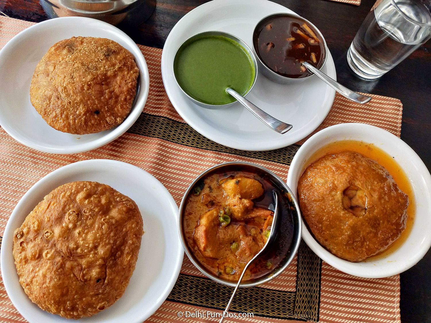 Rawat Misthan Bhandar In Jaipur Is Great Option For Palette And Pocket Delhi Fun Dos Com Rajasthani Food Food Experiences Food Lover