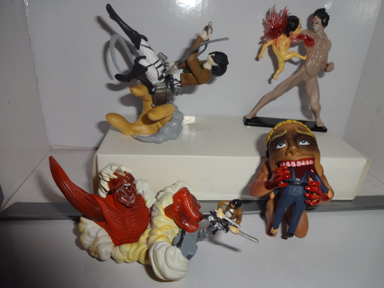 Mister A Gift Rare Anime Attack On Titan set of 4 plastic