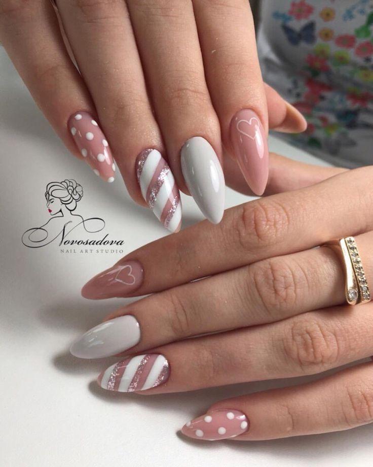 34 niedliche und tolle Acrylnägel Design #Acrylnägel #Schwarz #Figur #Fingernägel #Gold #Schwarz – Peinados facile