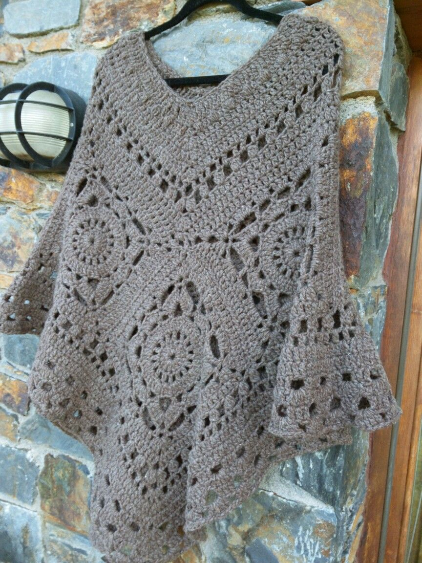 Crochet poncho More - Crocheting Journal   ponchos   Pinterest