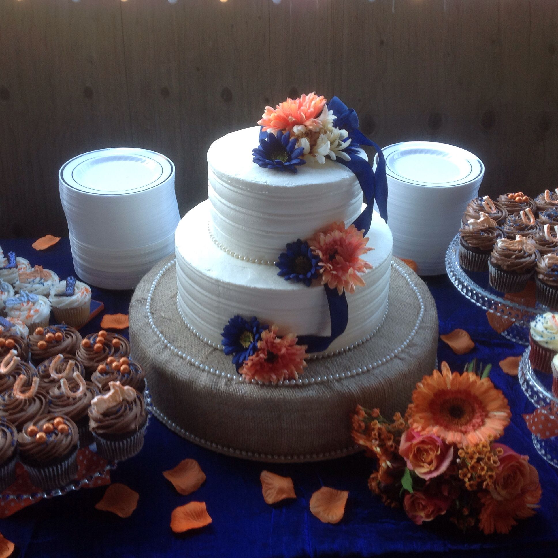 Western Wedding Cake Stand Styrofoam Cake Dummy Covered In Burlap
