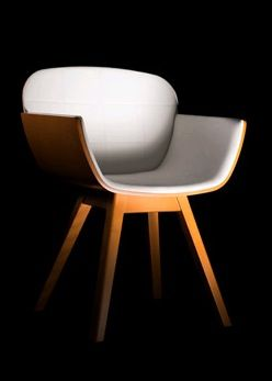 Suri Chair by Pedro Gomes
