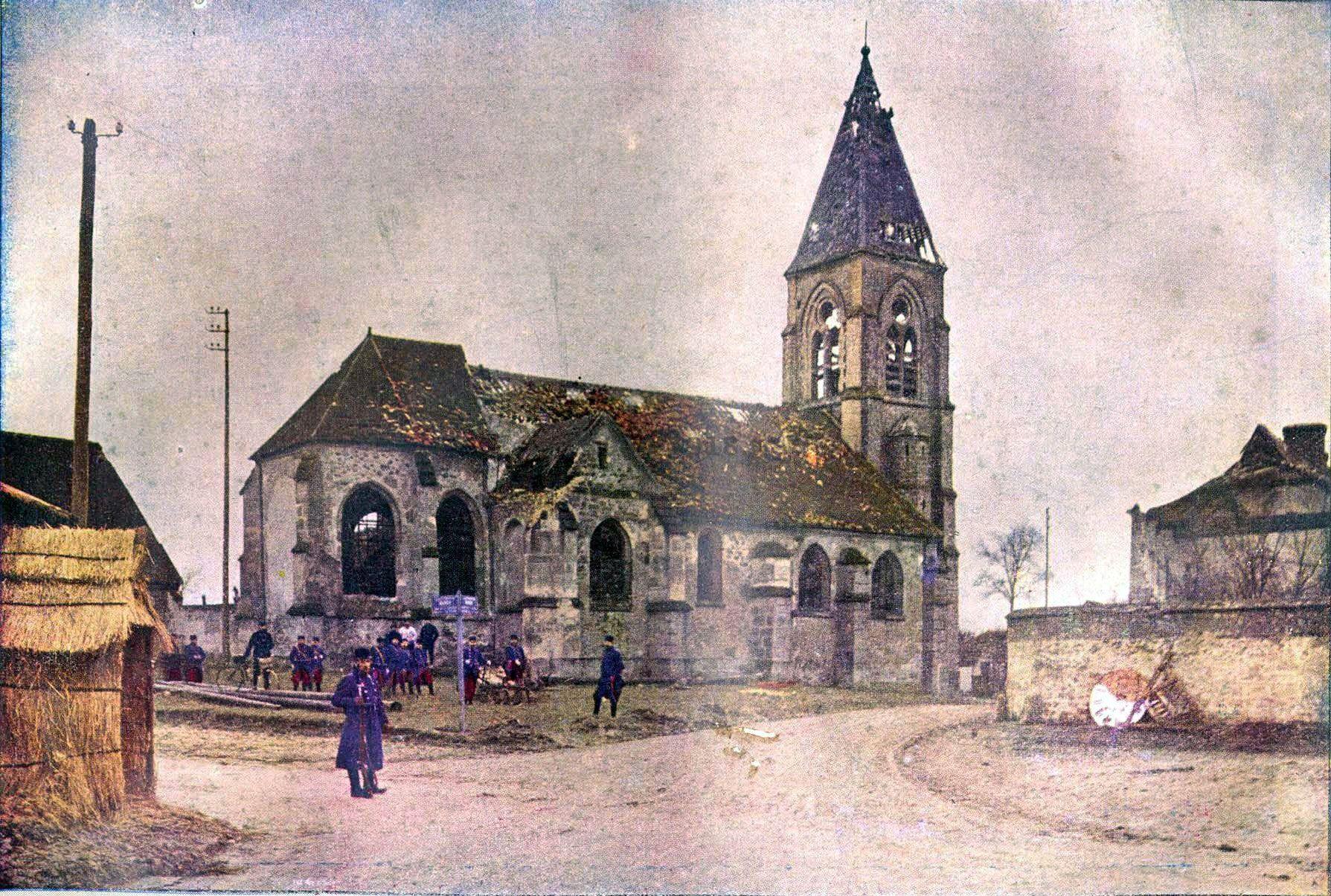 Bataille de la Marne - Photographie couleur prise en 1915 avec reconstitution.