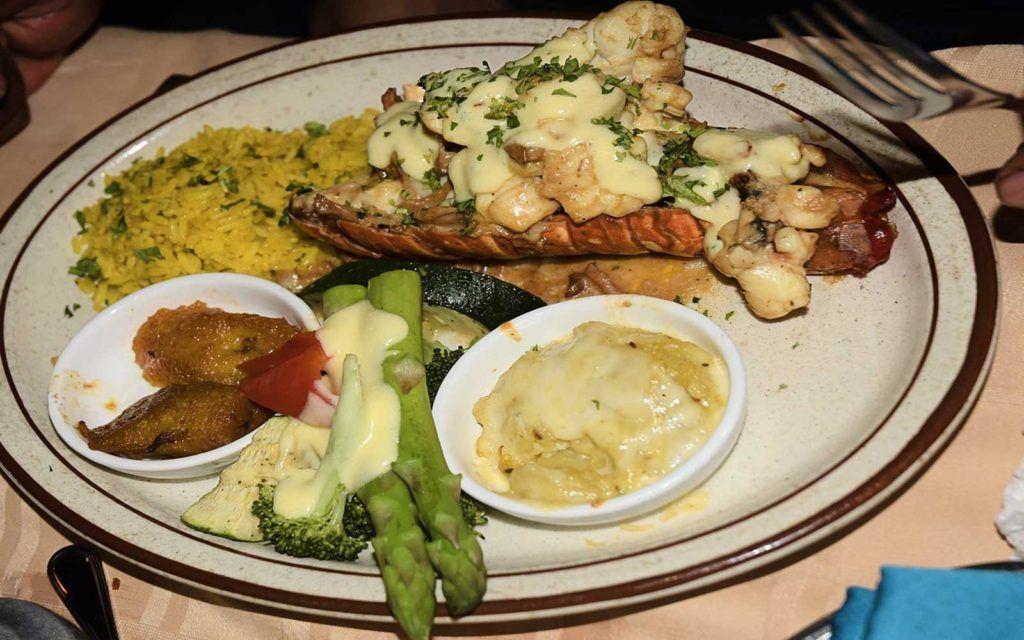 Find The Best Restaurants Near My Location Restaurant Guide Seafood Restaurant Local Restaurant Chinese Restaurant