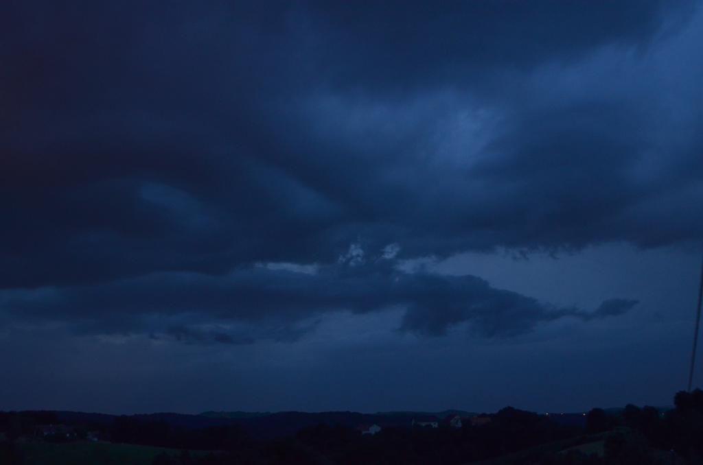 14.06.2015 - Schauer/Gewitterstimmung @ Mühldorf (STMK)