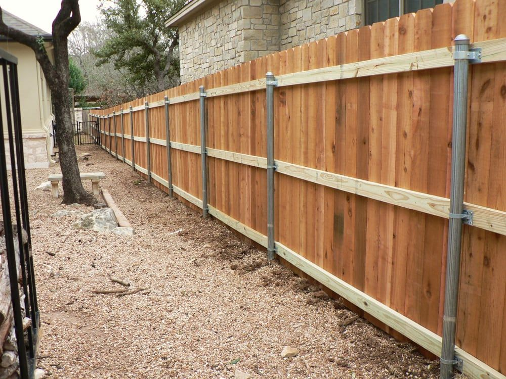 130 Ft Of Cedar Fence Using Galvanized Steel Posts 3
