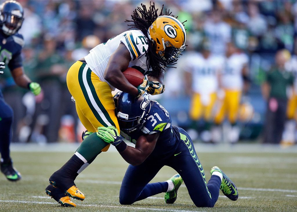 Running back Eddie Lacy 27 of the Green Bay Packers is