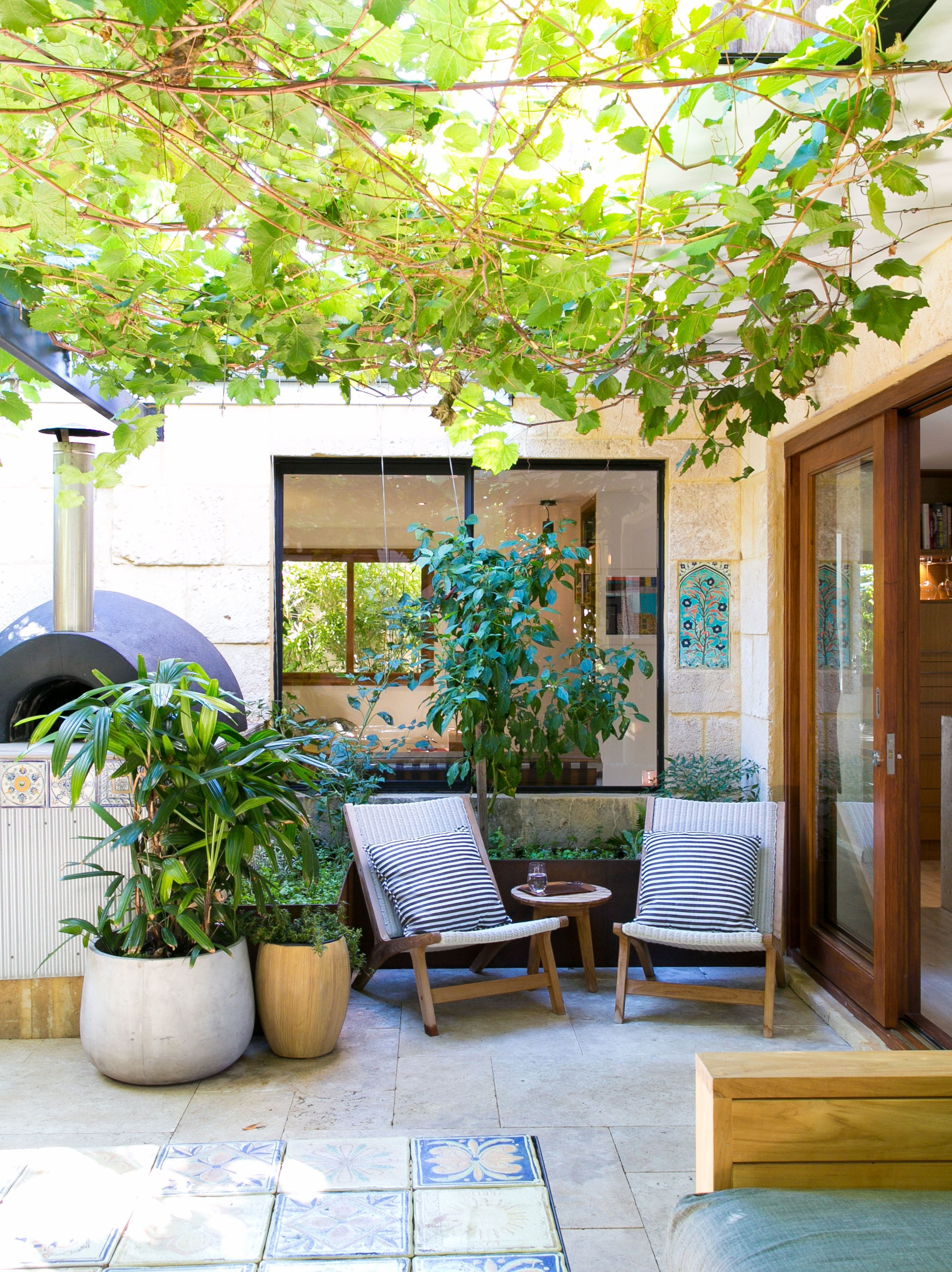 Small but lovely patio ascher and dylans modern gorgeously landscaped australian home house tour