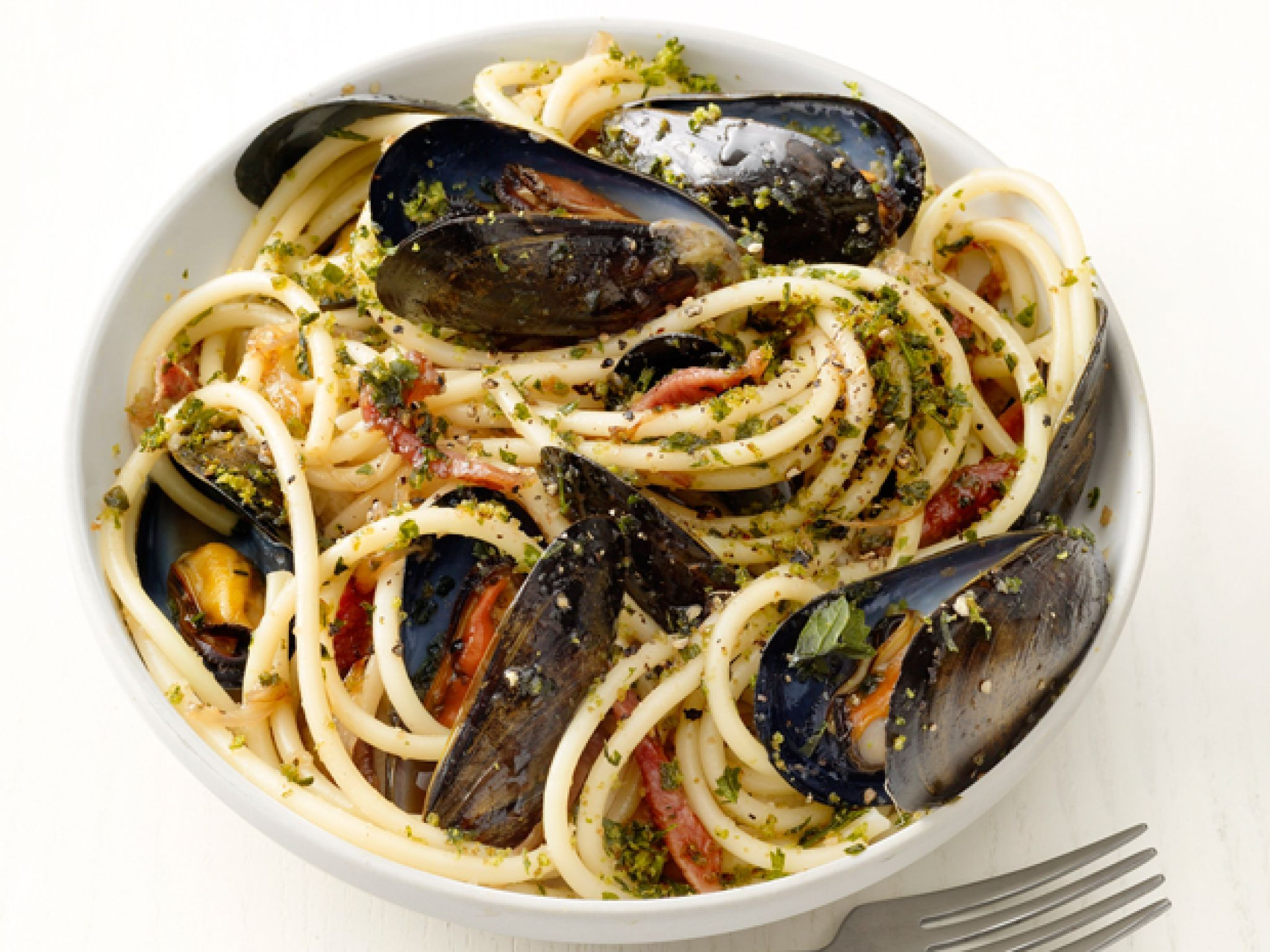 Bucatini With Mussels   Recipe   Pasta   Food network ...