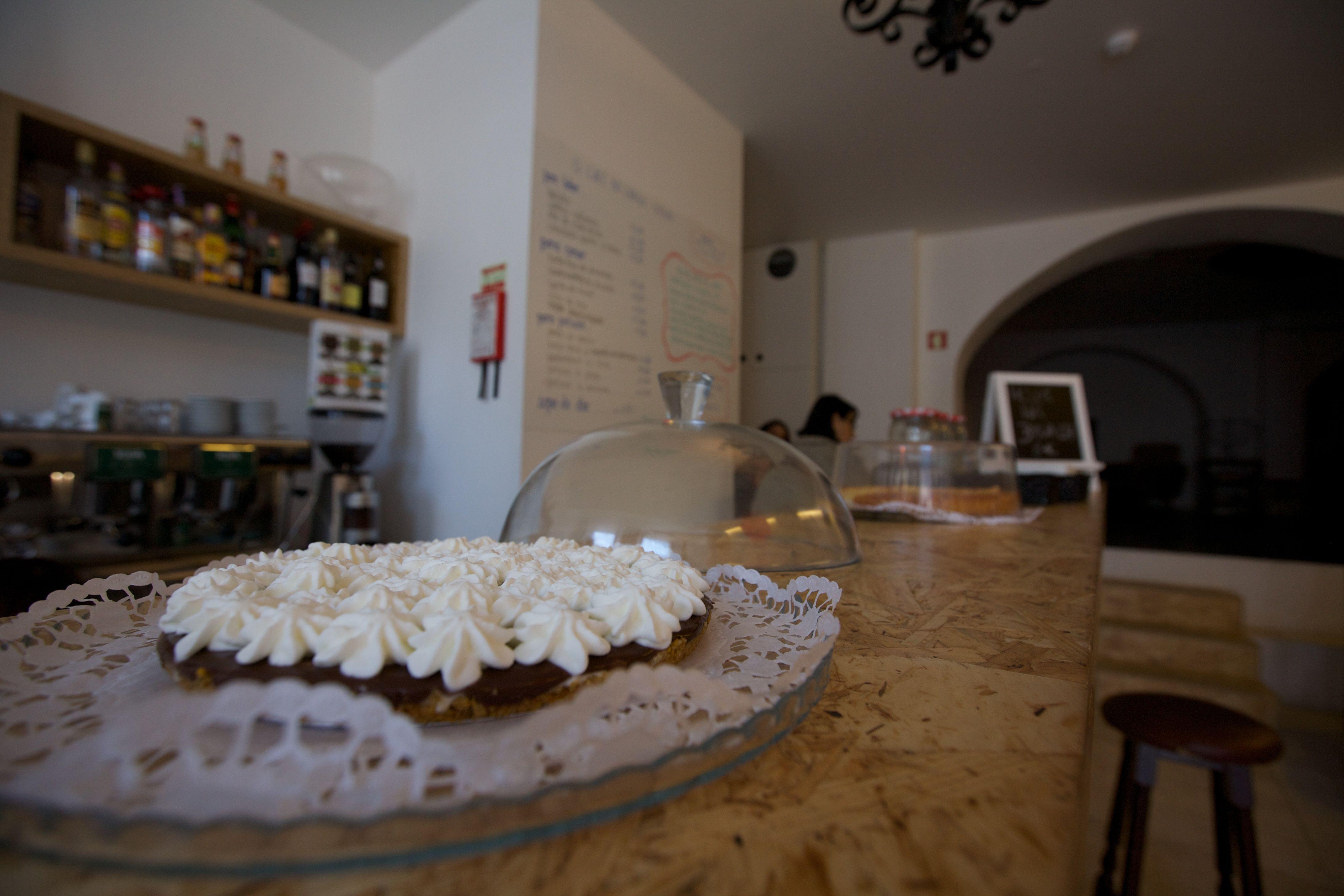 Largo Café Estúdio http://ambrosio.co/pt/places/largo-cafe-estudio