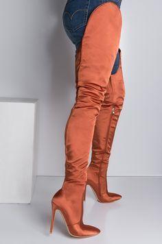 Round Top Satin Pfennigabsatz spitze Zehen Overknee Stiefel in Olive, Orange   – Fashion
