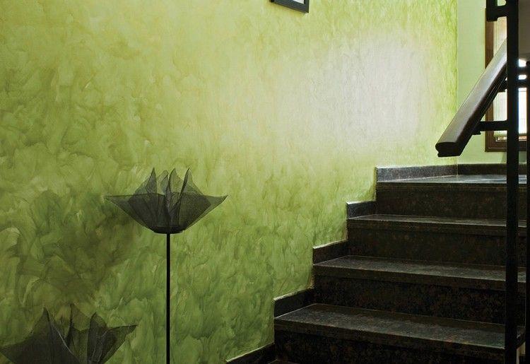 Wandgestaltung Mit Spachteltechnik Farbig Gruen Treppe Wande Kreativ  Gestalten