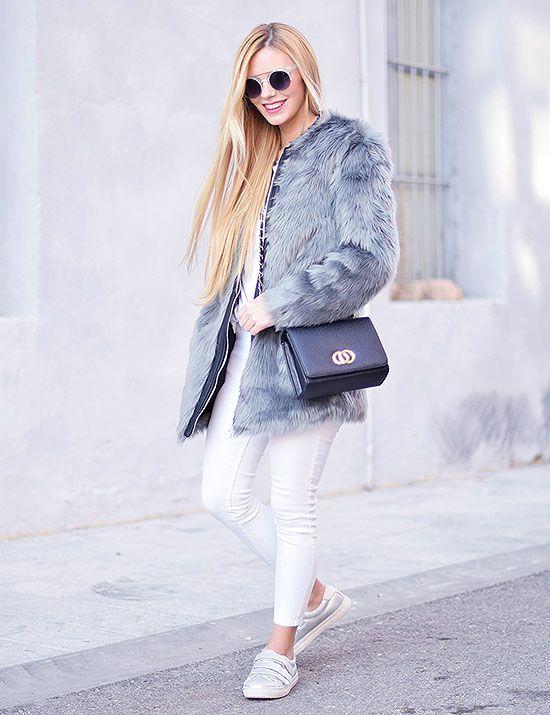 Martha Lozano, look Abrigo de pelo gris