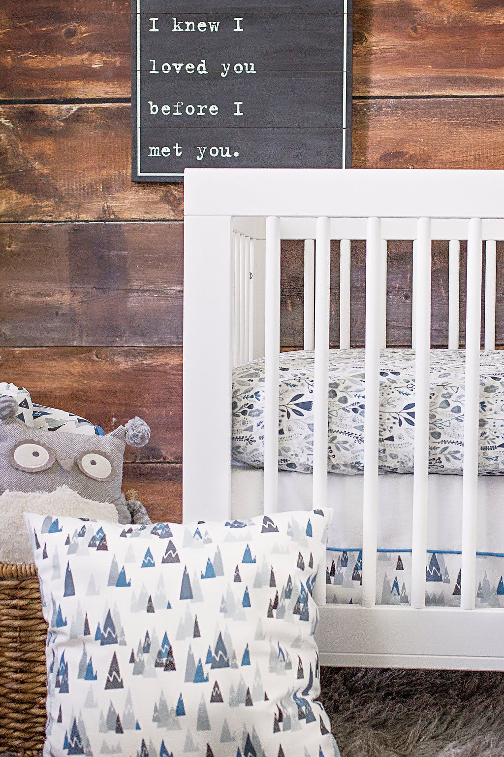 Love the mix-and-match design of the brand new @ProjectNursery x @CarouselDesigns Crib Bedding! Mix the Blue Mountains + Woodland.