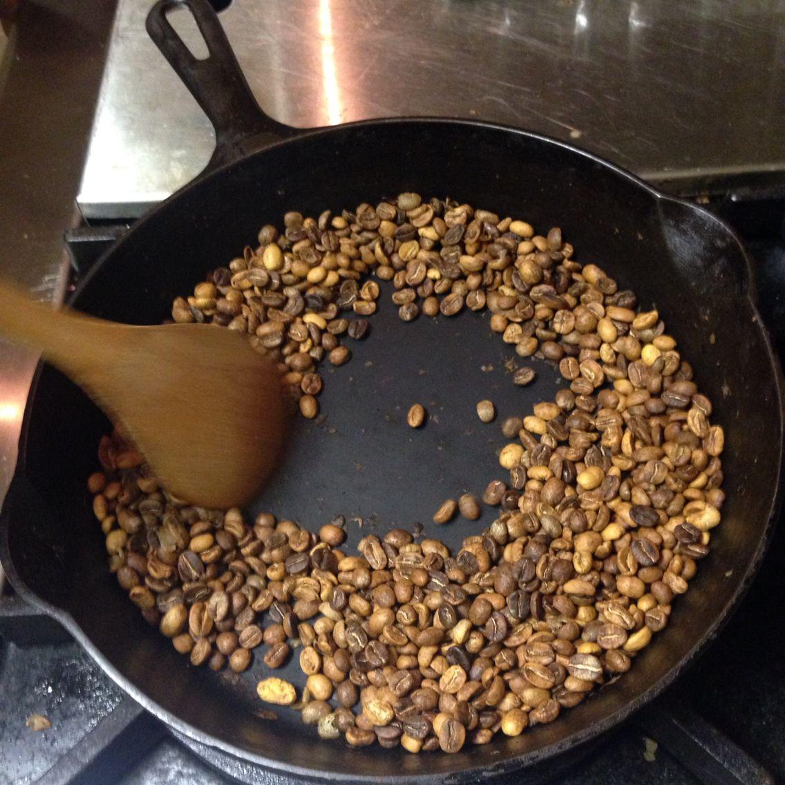 Black pot food acai bowl acai