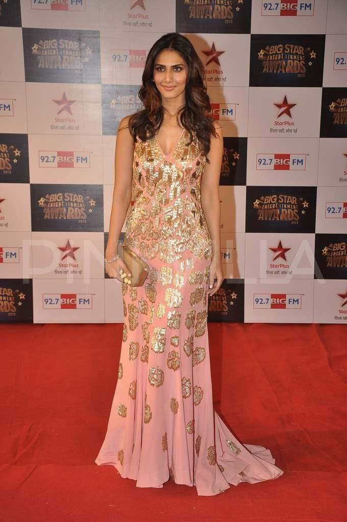 3661c84496d94fdb3322da6abec8e297 Vaani Kapoor Outfits-16 Best Dressing Styles of Vaani Kapoor