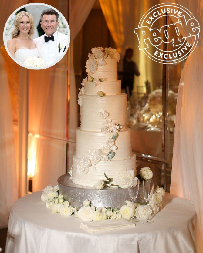 The Most Beautiful Celebrity Wedding Cakes Ever   Dessert     Celebrity Wedding Cake  Sofia Vergara  Joe Manganiello  Jessica Simpson