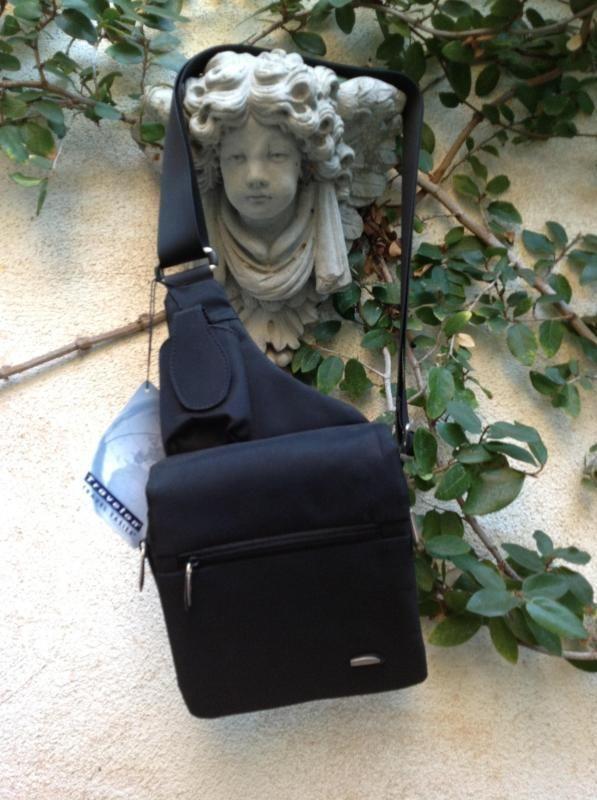 TRAVELON BLK. MICROFIBER TRAVEL MESSENGER BAG ORGANIZER ERGONOMIC - Brand New #travelon #sling #organizer #bag #travel