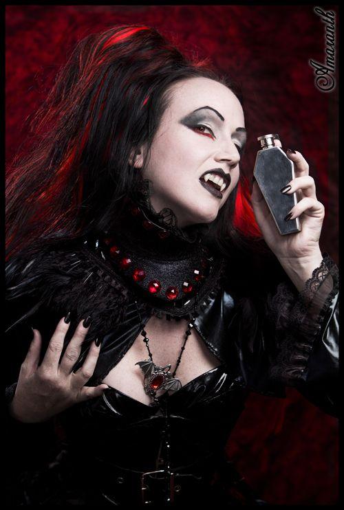vampire goth girl Hot