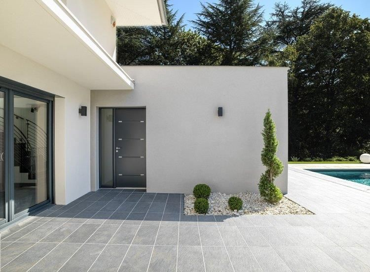 Terrasse d 39 une maison contemporaine ossature bois for Exterieur villa design