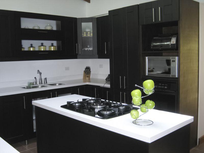Cocinas modernas medell n latorre arquitectura deco for Cocinas integrales deco