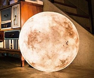 Hanging Moon Lamps
