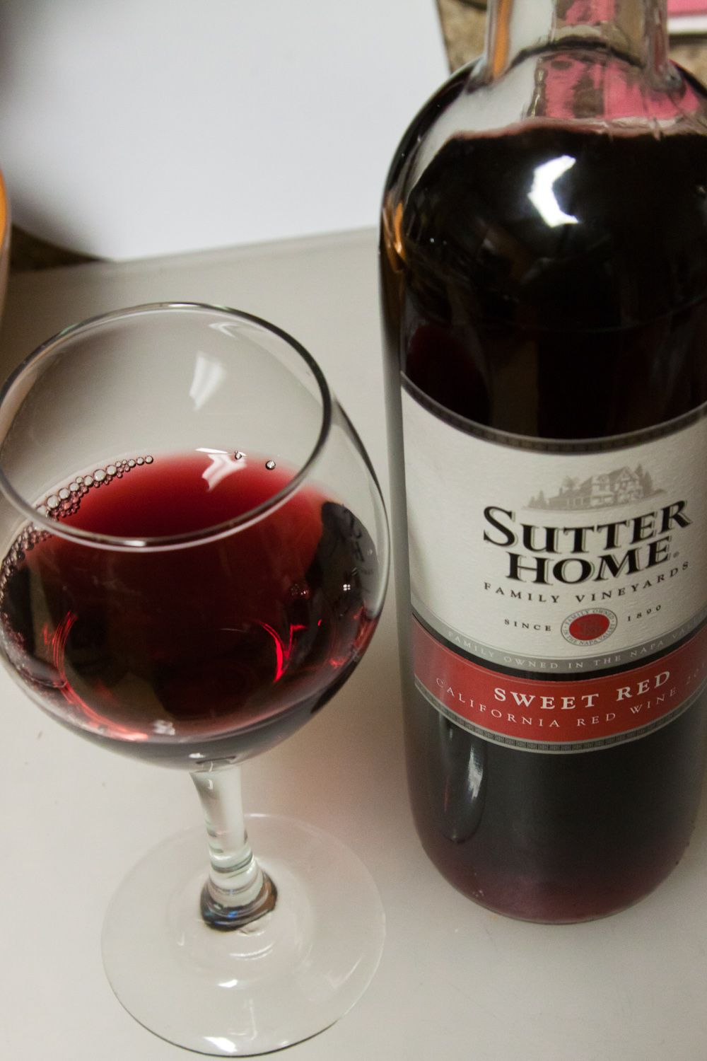 fruity red wine sweet moscato wine wine sutter home sweet 31475