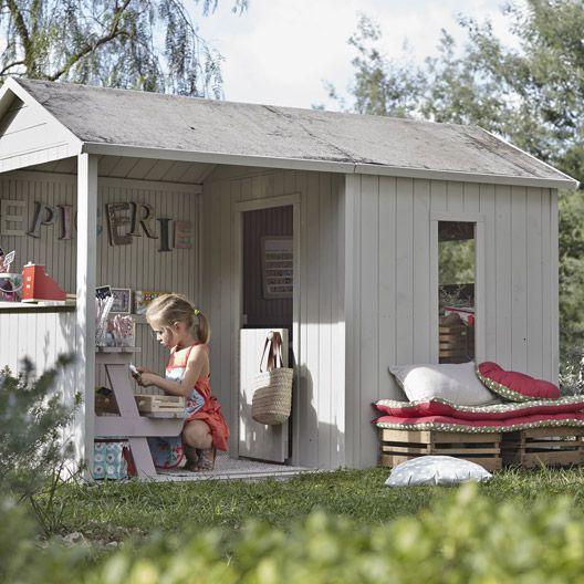 Maisonnette en bois avec auvent Cyrielle, SOULET Cabane extérieure - Couler Une Terrasse En Beton