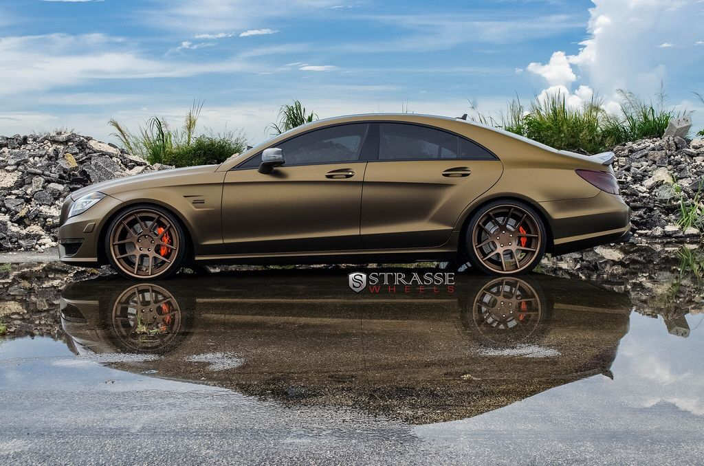 Mercedes Benz CLA250 wrapped in Avery matte metallic