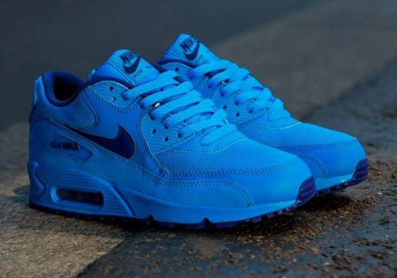 nike air max 90 neon blue