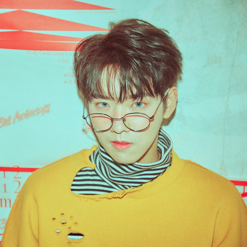 100 (백퍼센트) Jonghwan Profile, Albums and Lyrics Idol